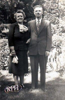 Thomas & Ruby Rattle